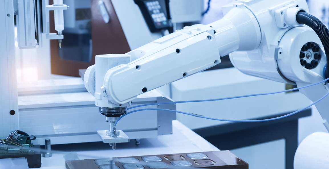 The Future of Factory Robots – Decreasing Cost while Increasing Efficiency