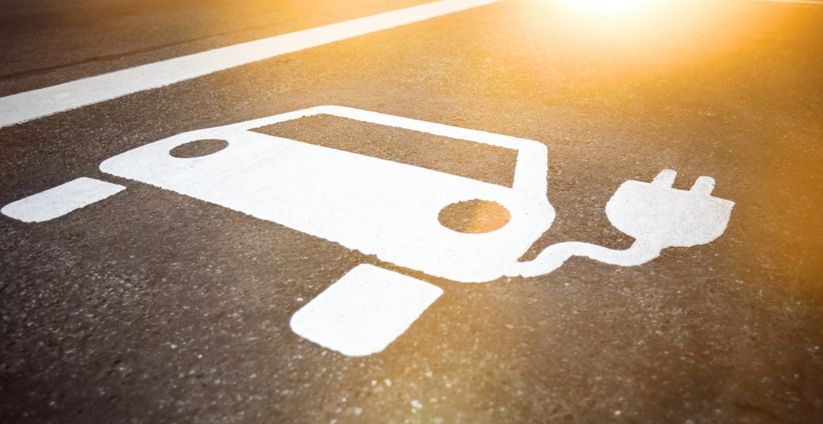 Electric Charging Roads – Recharging during your Journey